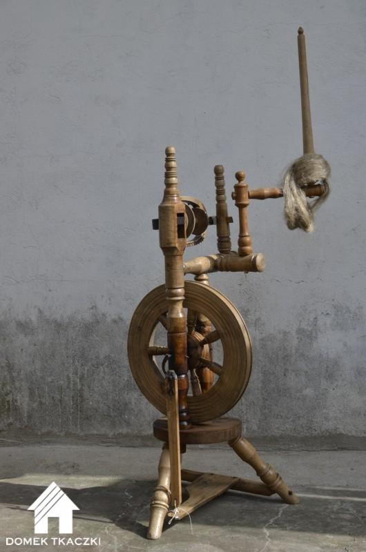 Domek Tkaczki kołowrotek pionowy